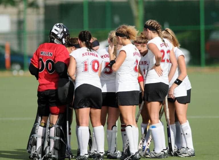 college-team-field-hockey-ladies-21589142 copy